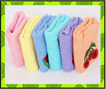 Набор махровых полотенец Фрукты-Овощи с вышивкой